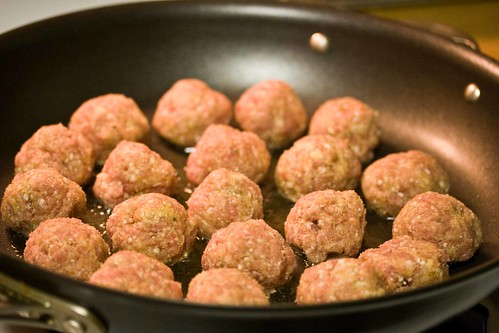 turkey meatballs browning