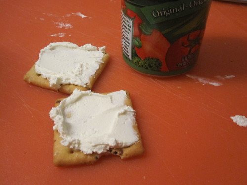 crackers, cream cheese, vegetable cocktail