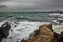 Praia Melide - Cabo Home - (_madmarx_) Tags: sea sky textura stone clouds rocks galicia pedra pontevedra retocada temporal riasbaixas piedra auga cangas cabohome morrazo peirao canoneos450d madmarx