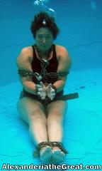 52degreebubbles (Alex_EA) Tags: alex chains artist underwater escape magic breath great wear worldwide shackles relay hold magician houdini alexanderia