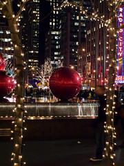 Christmas 2008-299775 (myobb (David Lopes)) Tags: santa christmas nyc newyorkcity ny newyork holidays olympus nightscene manhatten stnick e510