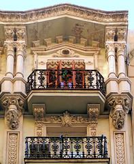 Barcelona - Rec 030 c (Arnim Schulz) Tags: barcelona espaa art window architecture liberty ventana spain arquitectura arte fenster kunst catalonia finestra artnouveau gaud architektur catalunya espagne fentre modernismo catalua spanien modernisme jugendstil espanya katalonien stilefloreale belleepoque baukunst