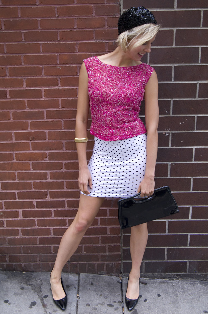 womens vintage fashion outfit 1960s