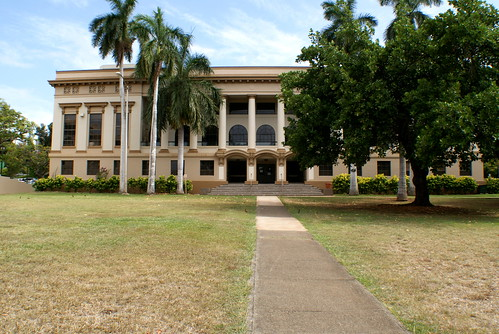 George Hall, the home of the Travel Industry Management School at the University of Hawai'i at Mānoa.