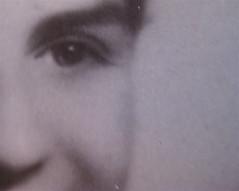 Gabriella Romano, Il mio nome è Lucy. L'Italia del XX secolo nei ricordi di una transessuale, Donzelli 2009: Tav. n. 1 fuori testo: ritratto fotograf. b/n di Lucy (part.), 1
