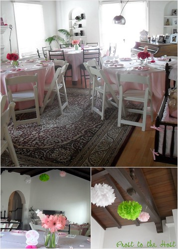 table cloths and napkins are paired with Gerbera daisy centerpieces
