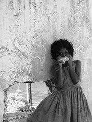 Historie kuchenne (Michal Przedlacki) Tags: girl toy coast war with refugee east sri lanka deprivation idp