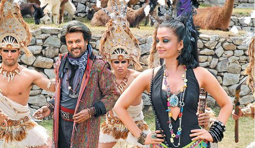Rajinikanth and Aishwarya Rai in a dance scene