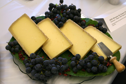Cheese and concord grapes