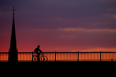 Straightforward (_David_Meister_) Tags: new city bridge blue light sunset red sky people urban orange sun black color tower art church bike bicycle silhouette architecture clouds river germany photography boot dawn licht boat photo europe ship foto fotografie photographie sonnenuntergang purple frankfurt rad silhouettes kirche himmel photograph architektur biker handrail blau brücke turm sonnenaufgang schiff fahrrad siluette violett geländer kirchturm lile siluetten coth fahrradfahrer davidmeister