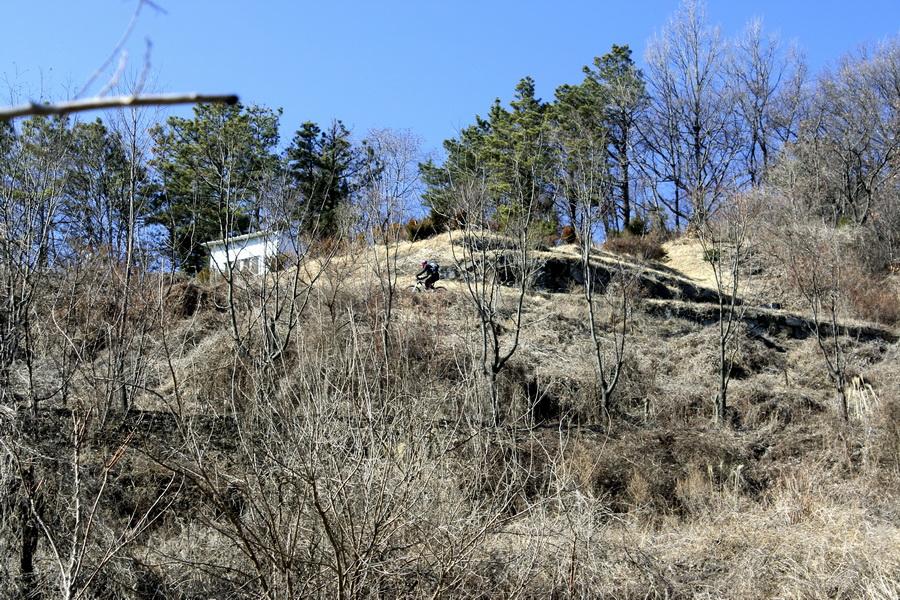 Uphill(4)