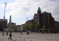 Dam Square (Amsterdam, the Netherlands) (courthouselover) Tags: thenetherlands nederland northholland noordholland amsterdam europe europa europeanunion evropskáunie europeseunie unioneuropéenne europäischeunion európaiunió unioneeuropea uniaeuropejska uniuneaeuropeană európskaúnia evropskaunija westerneurope европейскисъюз europskaunija deneuropæiskeunion euroopaliit euroopanunioni ευρωπαϊκήένωση antaontaseorpach eiropassavienība europossąjunga unjoniewropea uniãoeuropeia unióneuropea europeiskaunionen nl