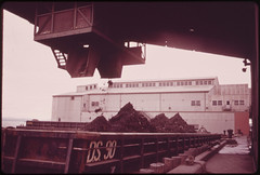 Barge Loaded with Ashes from Gravesend Bay Incineration Plant 05/1973 (The U.S. National Archives) Tags: newyorkcity brooklyn ash barge incinerator environmentalprotectionagency shoreparkway gravesendbay documerica usnationalarchives southwestbrooklynincinerator bay41stst nara:arcid=547903
