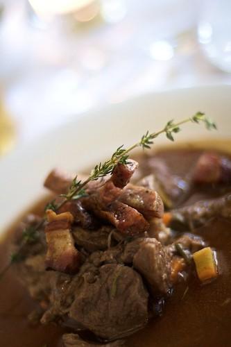 Gryte med mye kjøtt; Norsk langsom husmannskost står på menyen på Sults nyeste restaurantkonsept