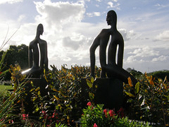 2007-12-23-Stoneleigh-2007-04-08-Haeata and Porehu (russellstreet) Tags: newzealand sculpture auckland nzl manukau pauldibble aucklandbotanicalgardens sculpturesinthegarden2007 stoneleighsculpturesinthegarden2007 haeataandporehu