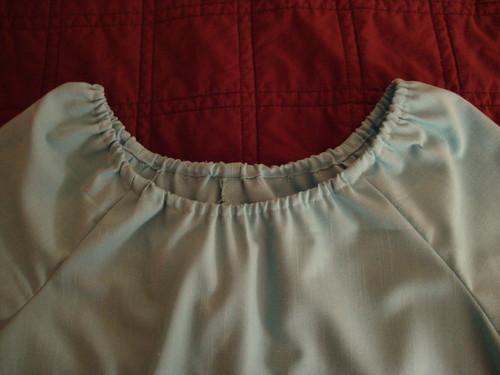 Close-up of elasticized neckline