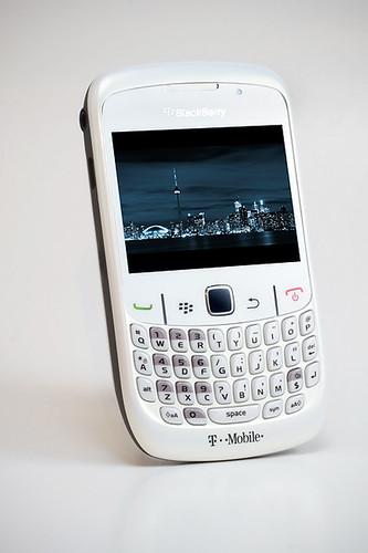 blackberry curve 8520 black white. White BlackBerry Curve 8520