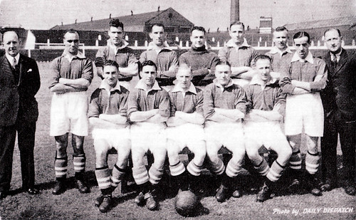 Manchester United 1935-36 team photograph (3)