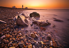 Point Judith Sunrise (chris lazzery) Tags: longexposure lighthouse beach sunrise rhodeisland 5d narragansett canonef1740mmf4l pointjudithlighthouse bw30nd