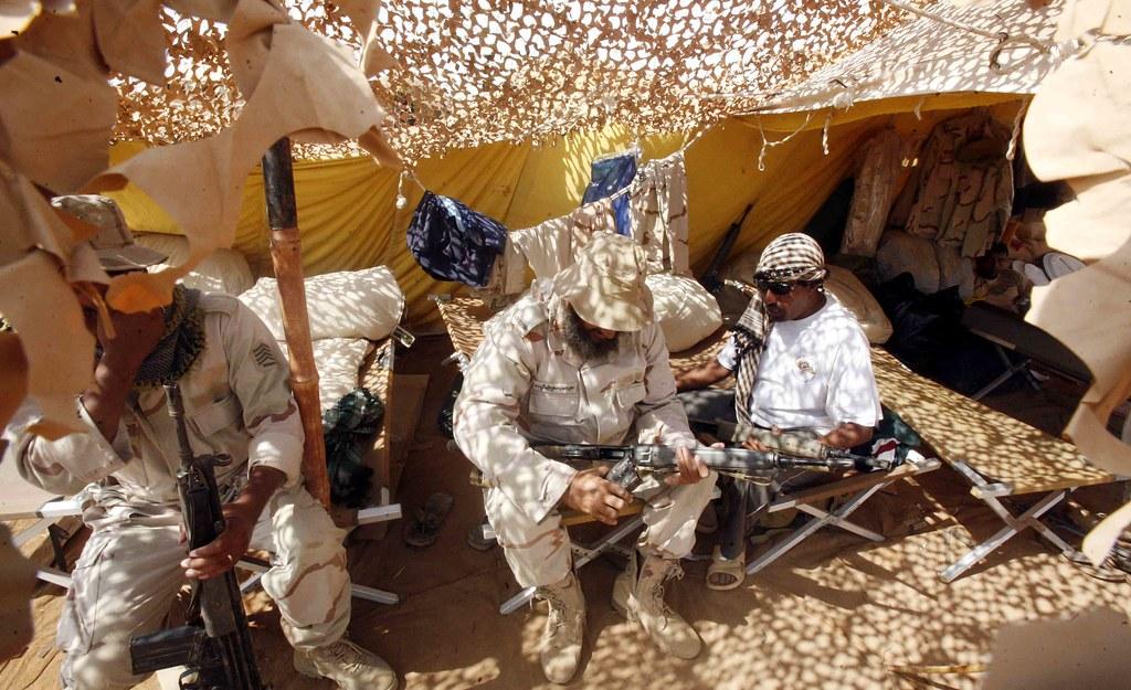 Yémen: guerre du gouvernement contre les Houtis - Page 5 4114822456_89e10e8f38_b