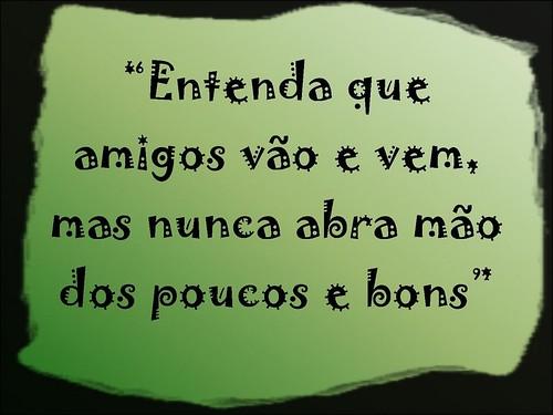 É Melhor Amigos Feios Verdadeiros Do Que Ter Amigos: Camila Moraes