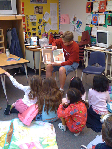 the Dearest reads to LM's 2nd grade class