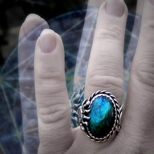 Abramelins ring midnight sun Labradorite set in modern art styled sterling silver