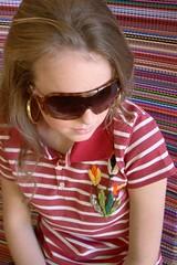 Pólo Vermelha Listrada (nanaquel.artesanato) Tags: moda artesanal feltro santacatarina tecido roupas bordado renda aplicação aplicações nanaquel
