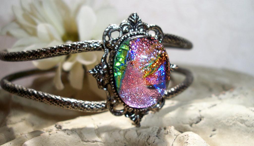 Juliette - Victorian Style Cuff Bracelet
