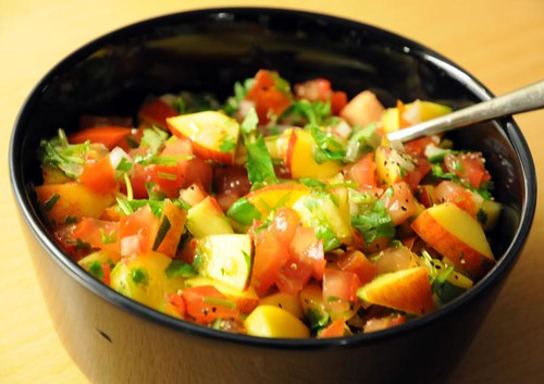 tomatnektarinsalsa