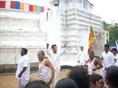 DSCN4398 (Nuone Janaka) Tags: pooja mal araliya