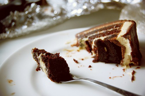 chocolate peanut butter cake 4