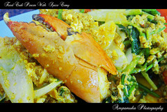 Fried Crab Pincer With Spicy Curry /   (AmpamukA) Tags: food with egg crab curry delicious seafood hungry spicy fried pincer    clanflickr  ampamuka