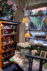 Decorate your live!  Decora tu vida! A shop in Madrid HDR (marcp_dmoz) Tags: madrid flowers espaa flores canon fun eos spain furniture map antique paintings blumen books lamps mbel libros tone hdr clocks bilder spanien cuadros muebles antiquitten bcher lampen relojes lmparas anticuario uhren photomatix 50d tonemapping