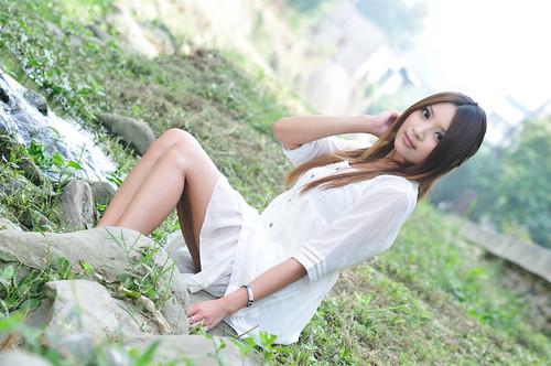 [フリー画像] 人物, 女性, アジア女性, 台湾人, ドレス, 201005051300