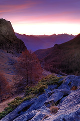 Lev de Couleurs (Littlepois Photographie) Tags: france alpes nikon couleurs 05 lee roberts montagnes filtre 1755 d300 levdesoleil nikon1755f28 littlepois zinzins capturenx2