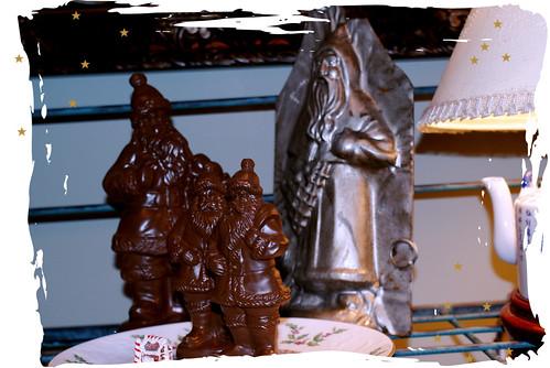 handmade-holiday-128-chocolate-santas