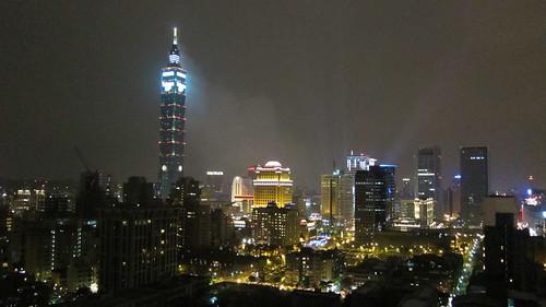 2010 Taiwan UP 與台北市夜景