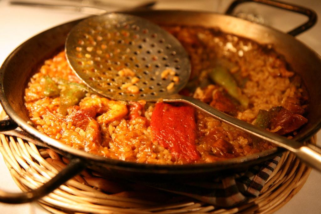 catalunya paella