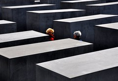 Holocaust-Mahnmal (fiumeazzurro) Tags: searchthebest berlino aplusphoto lamiciziafaladifferenza theauthorsplaza authorsclub 1904062011explore