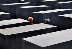 Holocaust-Mahnmal (fiumeazzurro) Tags: searchthebest berlino aplusphoto lamiciziafaladifferenza theauthorsplaza authorsclub 1904062011explore