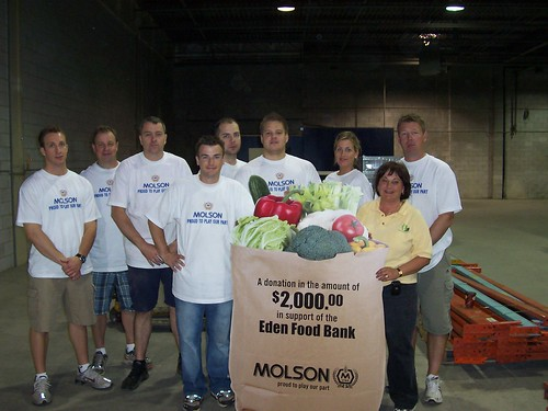 Molson Volunteers at Eden Food Bank