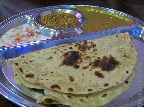 Chapati with kima (RM3.50)