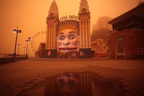 Luna Park by http://www.flickr.com/photos/tomhide/