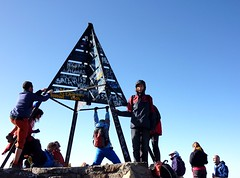 Very crowdy on Jebel Toubkal (Frans.Sellies) Tags: morocco maroc marokko toubkal jebeltoubkal    toubqal