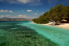 Paradise Gili Meno (msdstefan) Tags: pictures ocean trip travel sea vacation sky panorama sun holiday sol praia beach coral strand indonesia landscape island coast soleil sand asia asien pics urlaub himmel bank playa nikond50 best insel ufer landschaft sonne plage rtw isla zon lombok spiaggia indonesien nicest kste gilimeno korallen ozean giliislands ammeer  strandfotos  landschaftsbild anawesomeshot  flickraward denizkys concordians platinumheartaward flickrestrellas 100commentgroup expressyourselfaward stefansbest doubleniceshot tripleniceshot mygearandmepremium mygearandmebronze mygearandmesilver