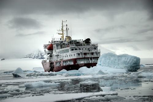 フリー画像| 船舶/ボート| 砕氷船| 調査船| ポーラー・スター| 氷山の風景|      フリー素材|