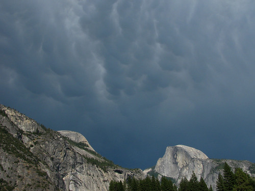 The Benefits of Rain – Yosemite Falls Flowing Again