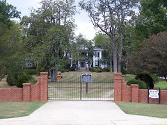 Burt-Stark Mansion - Deathbed of the Confederacy (J. Stephen Conn) Tags: sc southcarolina confederate jeffersondavis abbeville warbetweenthestates abbevillecounty warforsouthernindependence
