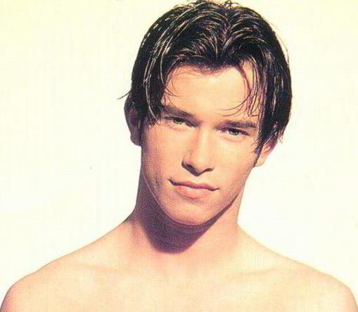 stephen_gately